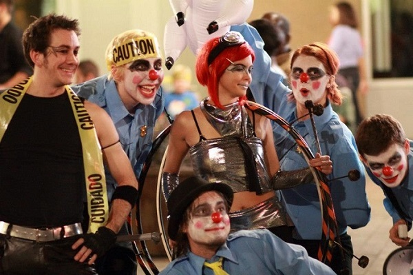 clown cops and circus